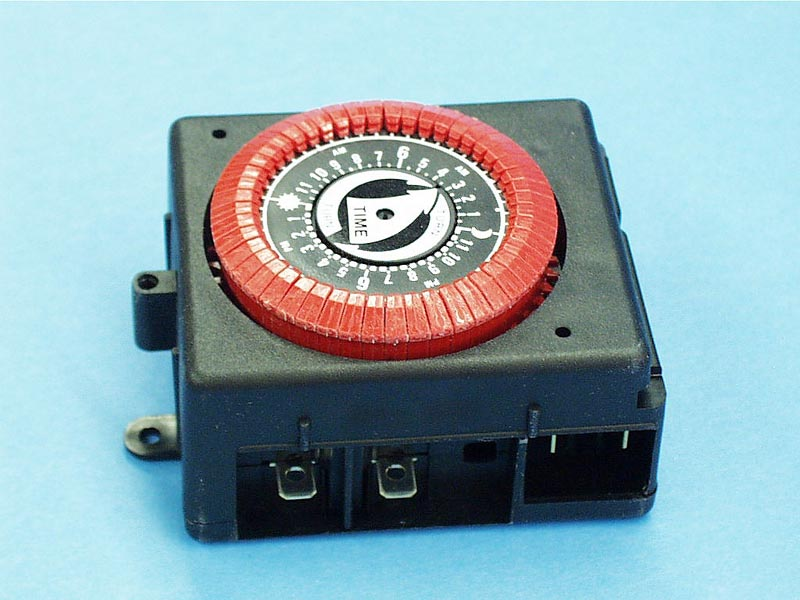 PB813-RED - Time Clock,INTERMATIC,24HR,120V,20Amp,SPST,Red - ***SUB W/ PB913N*** - PB813-RED