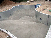How Do They Build a Swimming Pool, Building an Inground Swimming ...