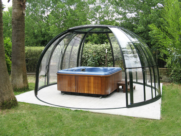 Pool and spa enclosures retractable pool spa and patio for Jacuzzi demontable