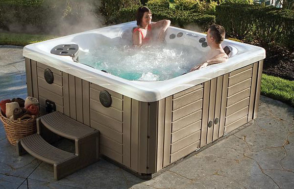 Win A Free $10,000 Twilight Series Portable Hot Tub Spa By Master Spas From Poolandspa.com